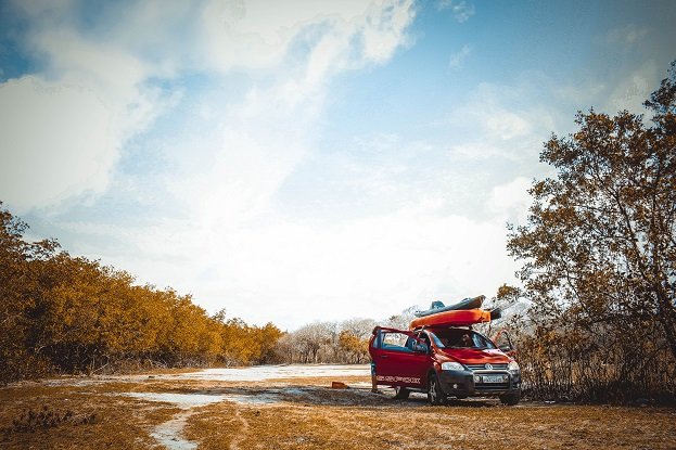 How to Take a Stress-Free Holiday Road Trip
